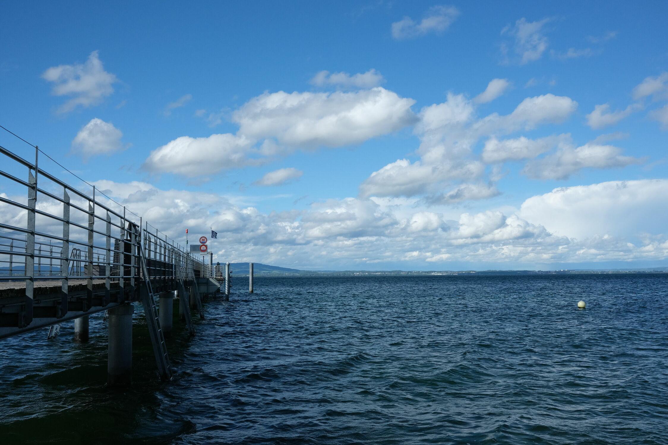 Bild mit Himmel, Wolken, Schiff, boot, Bodensee, Schweiz