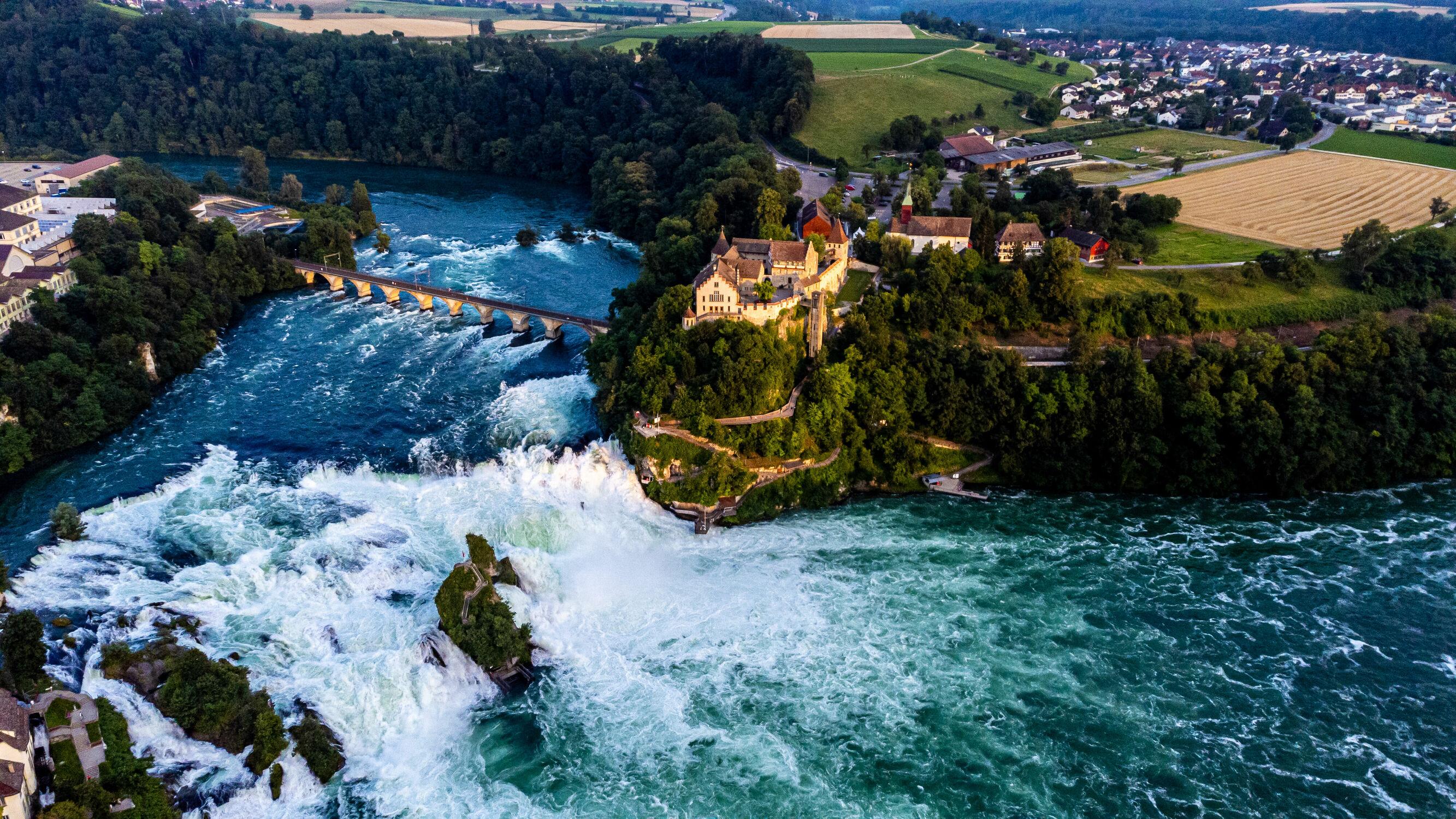 Bild mit Wasserfall, Rhein, Drohnen, Rheinfall, Schaffhausen