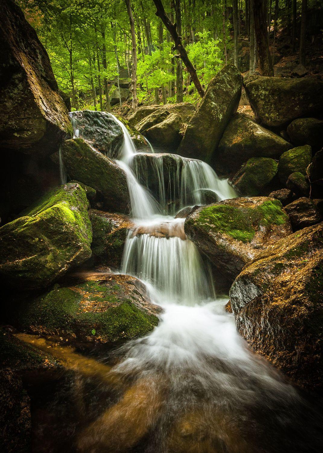 Bild mit Natur, Gewässer, Flüsse, Herbst, Wasserfälle, Bach, Wasserfall, Elfen, Wasserläufe, Fluss, Feenland, Elfenland, feen