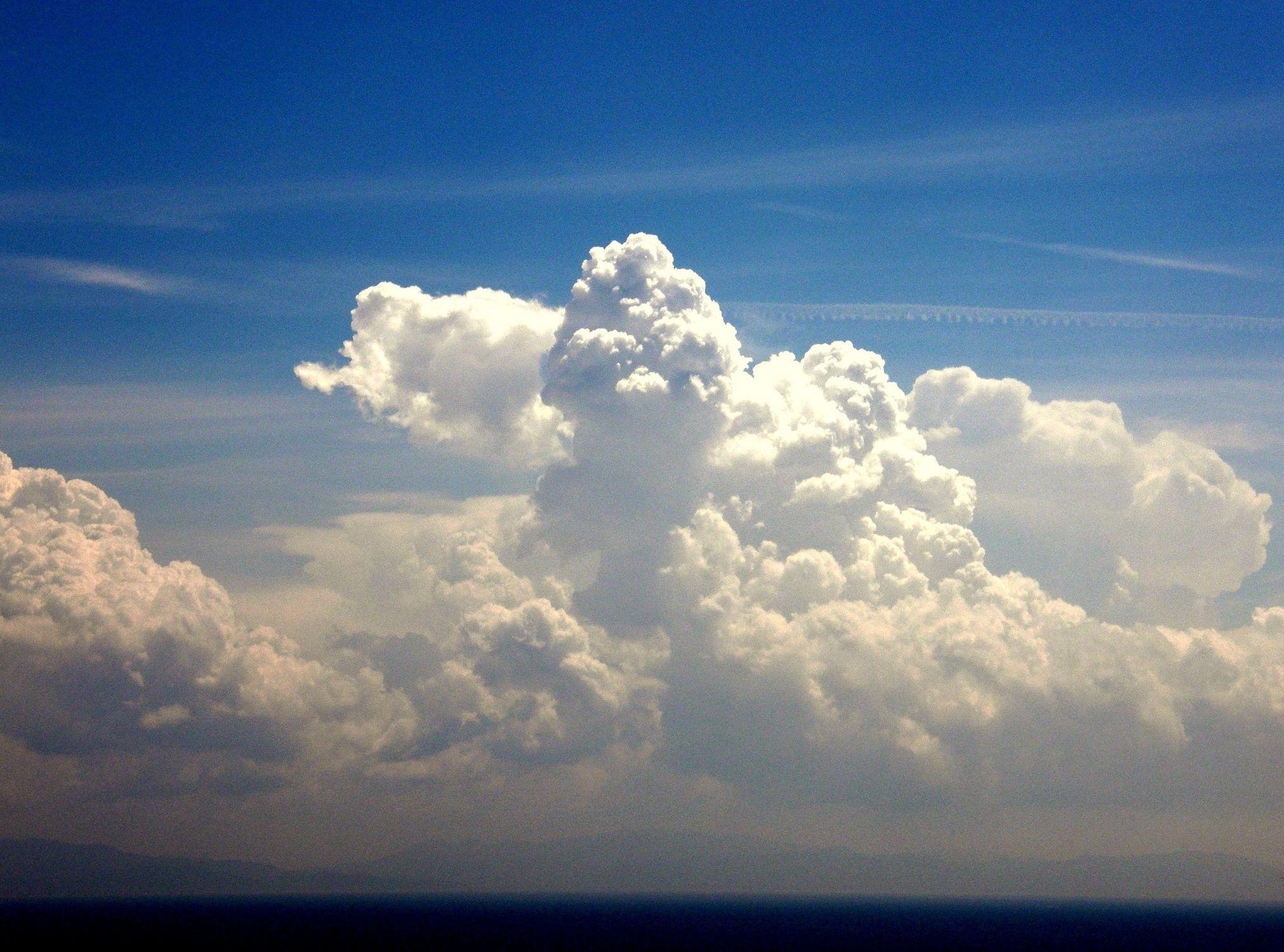 Bild mit Wolkenträumerei