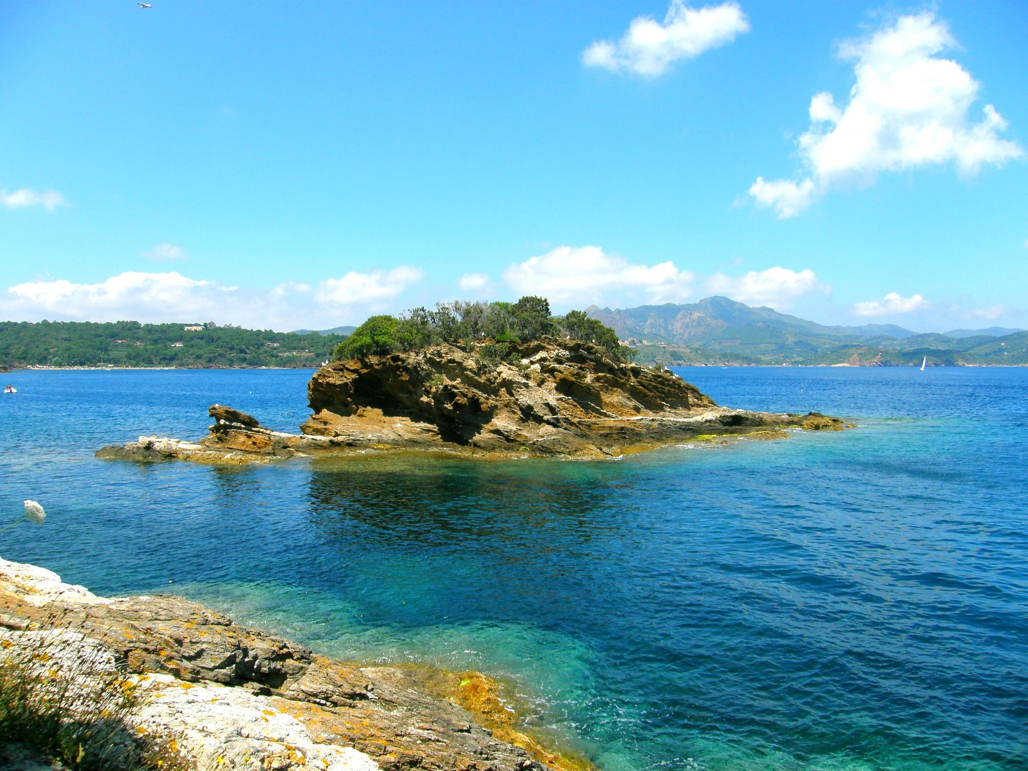 Bild mit Natur, Natur, Gewässer, Urlaub, Meerblick, Meer, Insel, Ferien, island