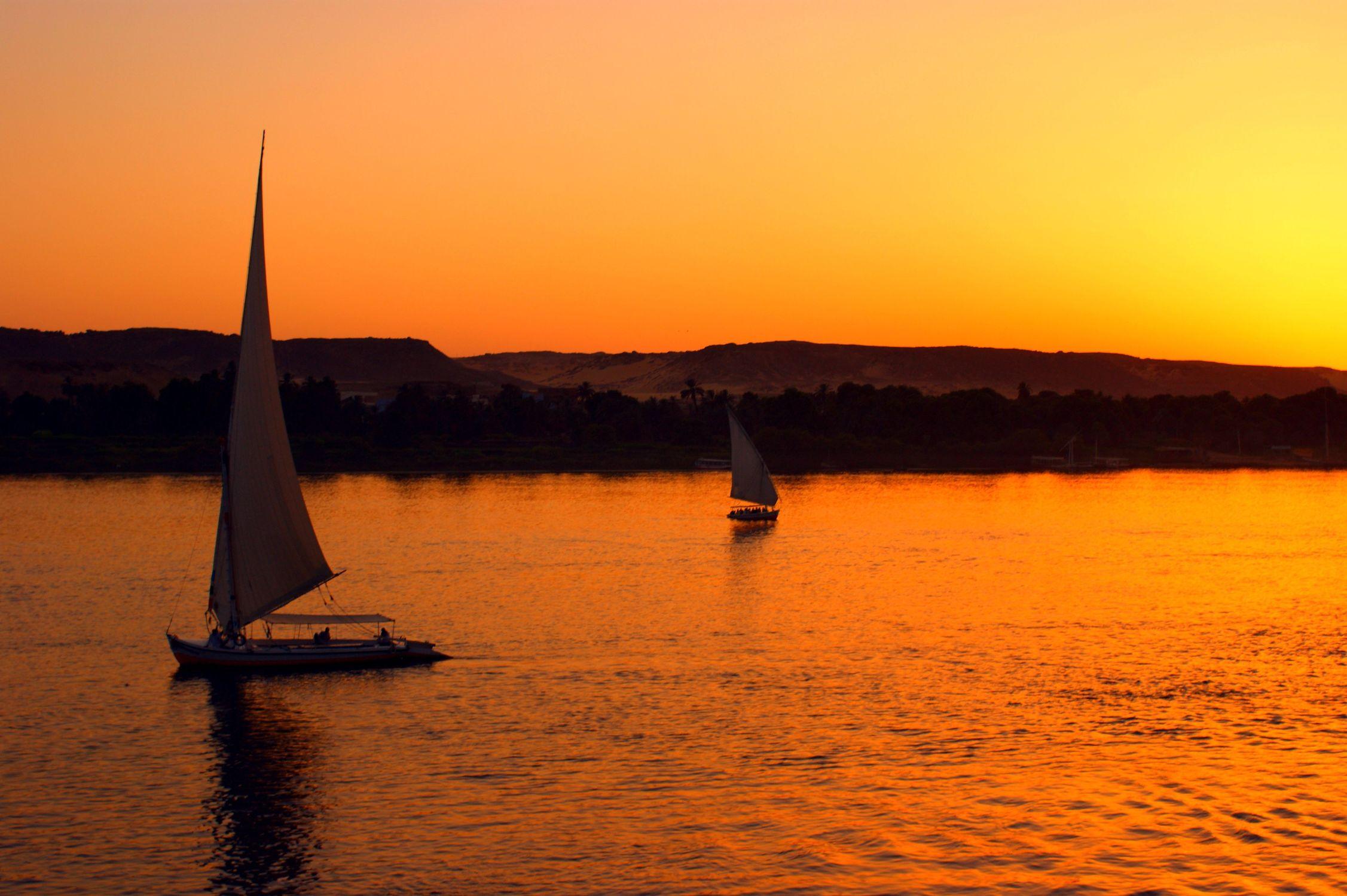 Bild mit Sonnenuntergang, Segelboote, Sonnenaufgang, Boote