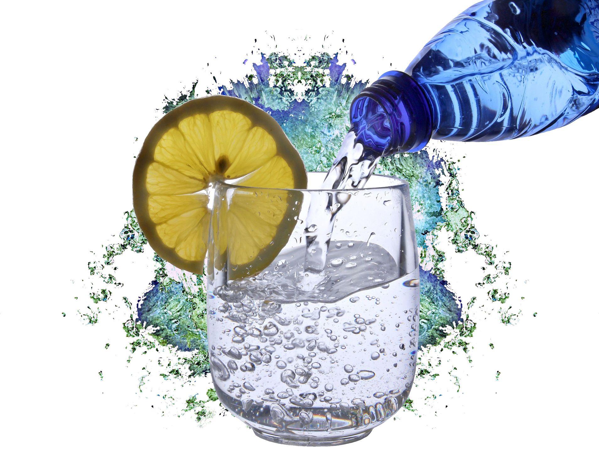 Bild mit Wasser, Wasser, Früchte, Frucht, Obst, Küchenbild, Wassertropfen, Food, Küchenbilder, KITCHEN, frisch, water, Getränk, Küche, Küchen, Drink, Zitrone, fresh, wasserflasche