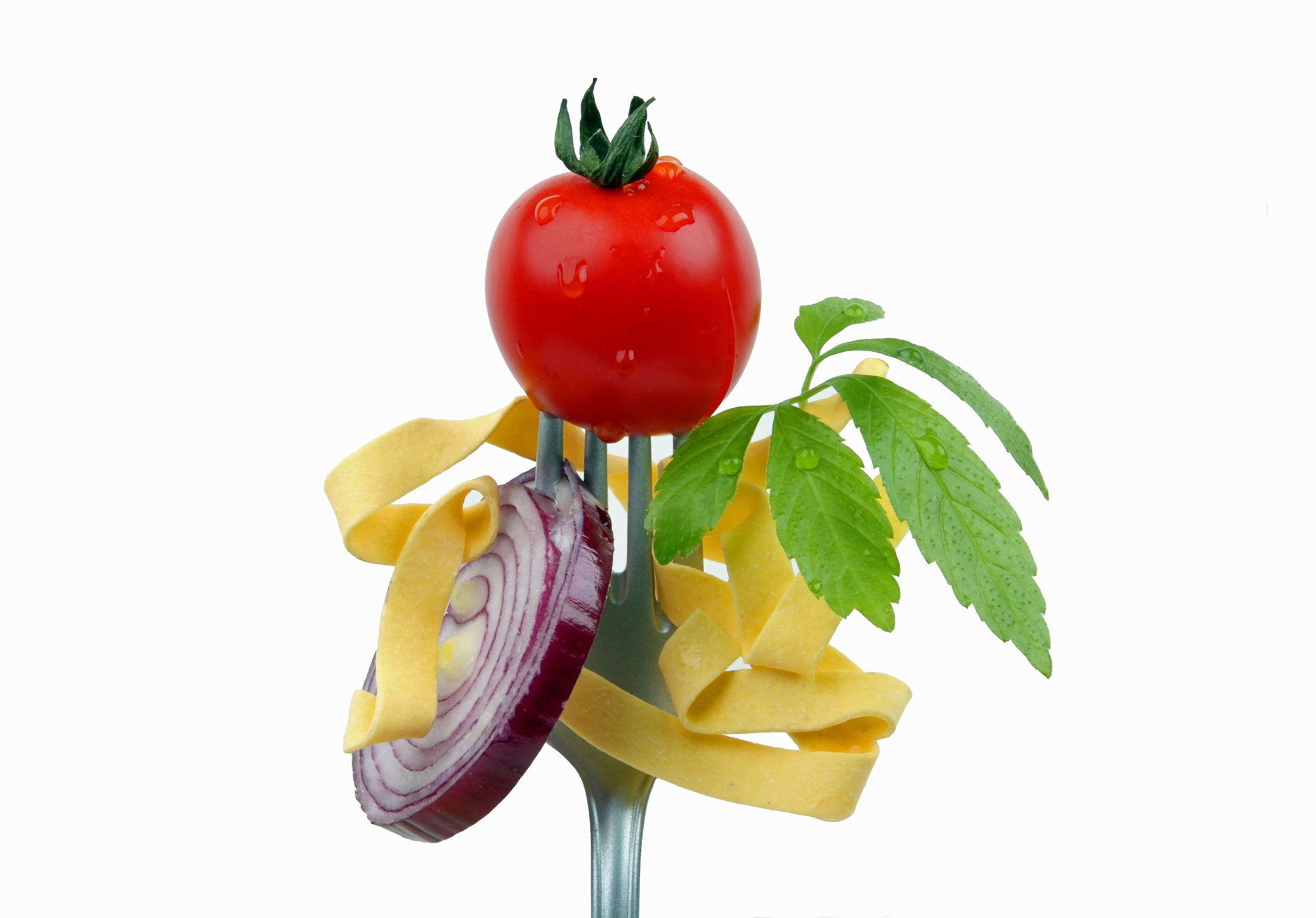 Bild mit Essen, Nudeln, Tomaten, Küchenbild, Nahrung, Food, Stilleben, Küchenbilder, Ernährung, Küche, dekorativ, Esszimmer, Zwiebel, kochen