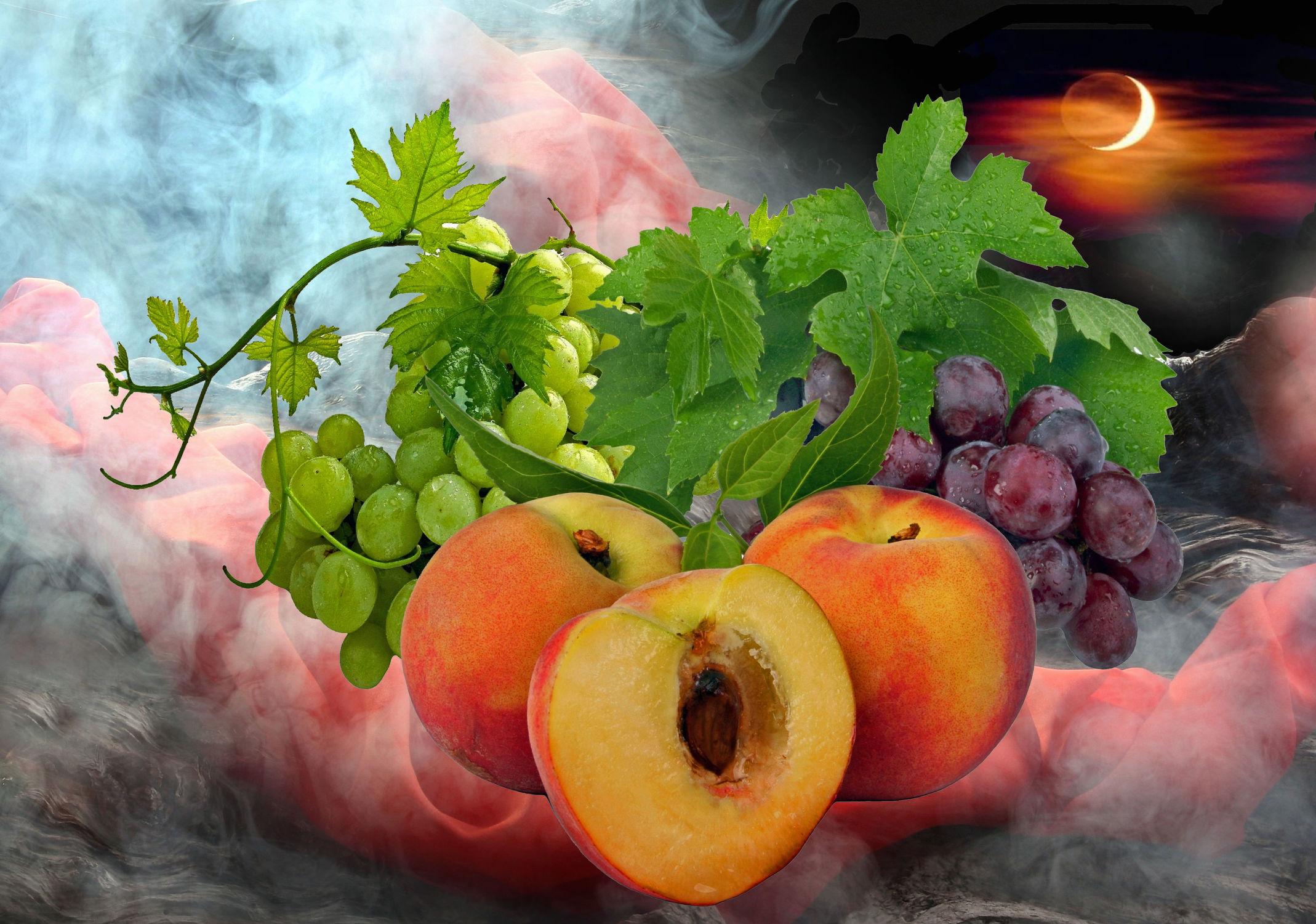 Bild mit Himmel, Wolken, Früchte, Pfirsiche, Nebel, Sonne, Obst, Weintrauben, Pfirsich, weinblätter, weinlaub