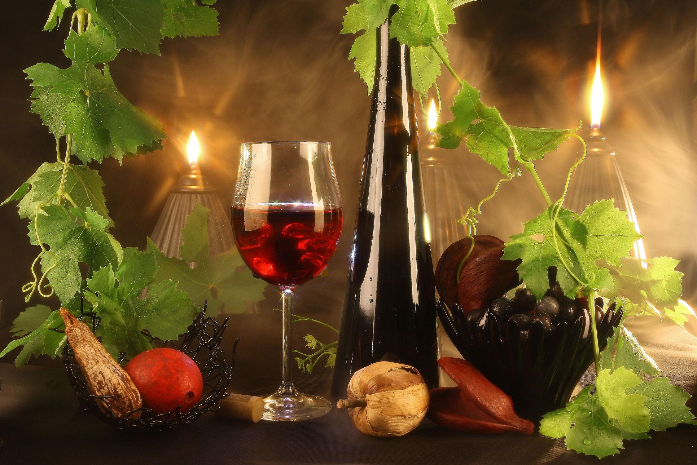 Bild mit Essen, Trinken, Trinken, Küchenbild, Kerzenschein, Küchenbilder, Abend, Wein, Getränk, Küche, rotwein, rotweinglas, weinglas, weinflasche, stimmungsvoll