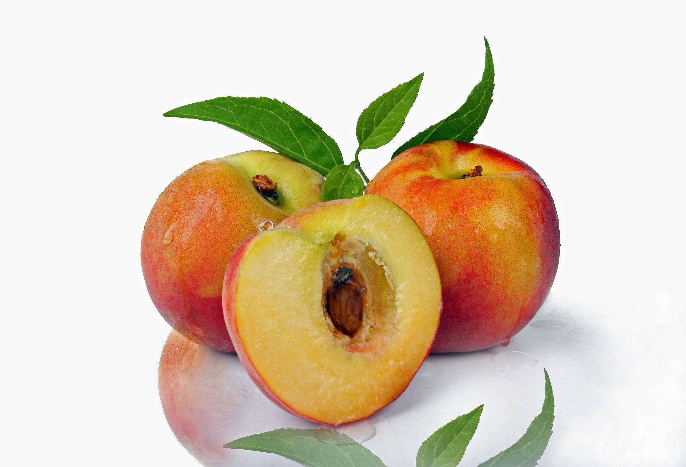 Bild mit Früchte, Pfirsiche, Frucht, Obst, Nahrung, Food, Ernährung, Pfirsich