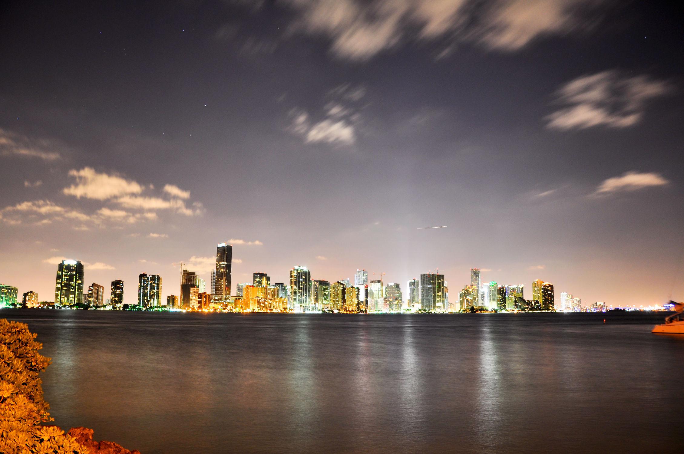 Bild mit Landschaften, Städte, Landschaft, Stadt, landscape, City, hochhaus, wolkenkratzer, Hochhäuser, miami