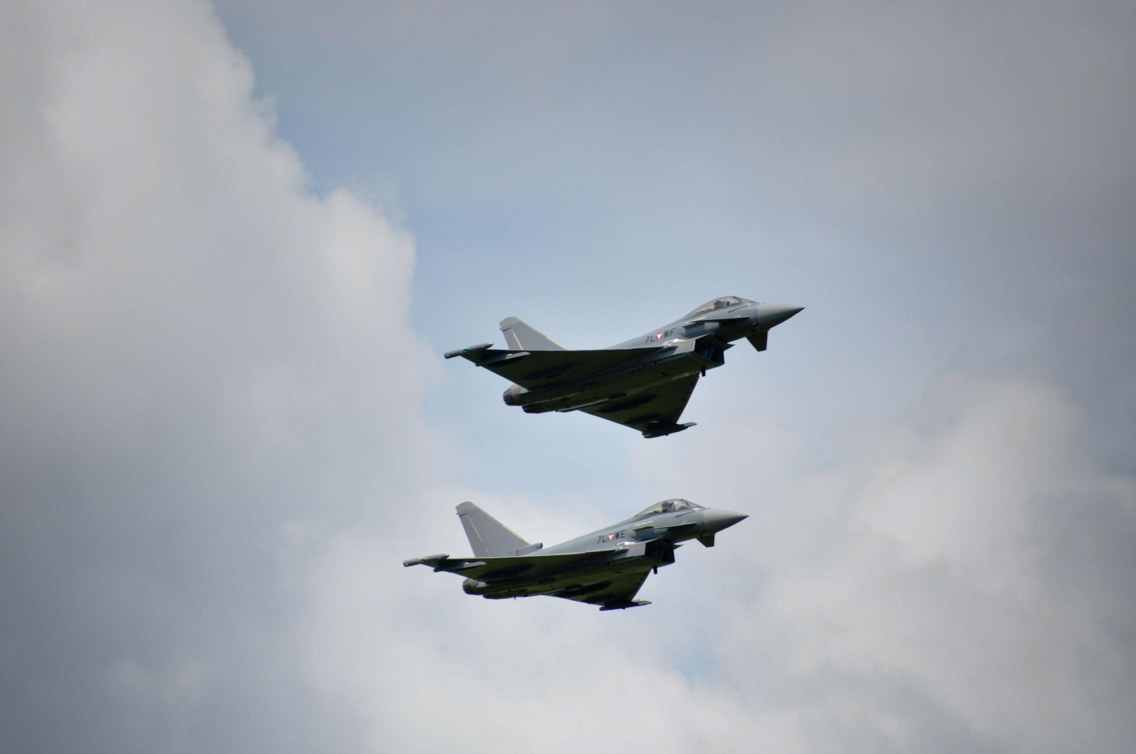Bild mit Flugzeuge