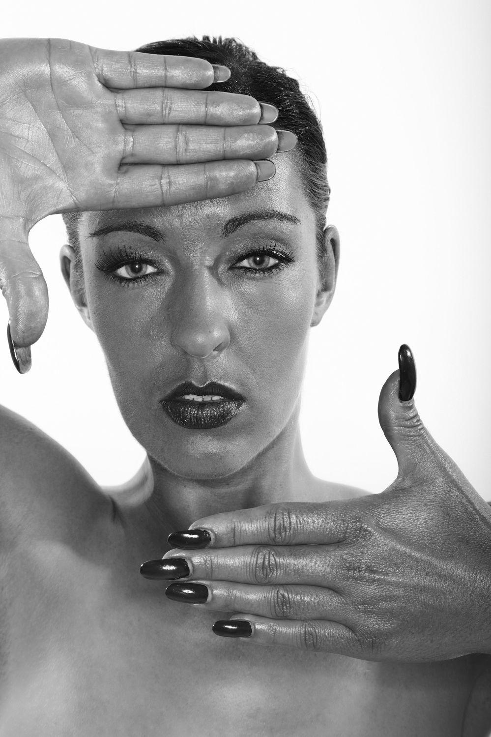 Bild mit Akt, Aktmodel, Fotomodel, Aktbild, Aktaufnahme, Aktfoto, Aktfotografie