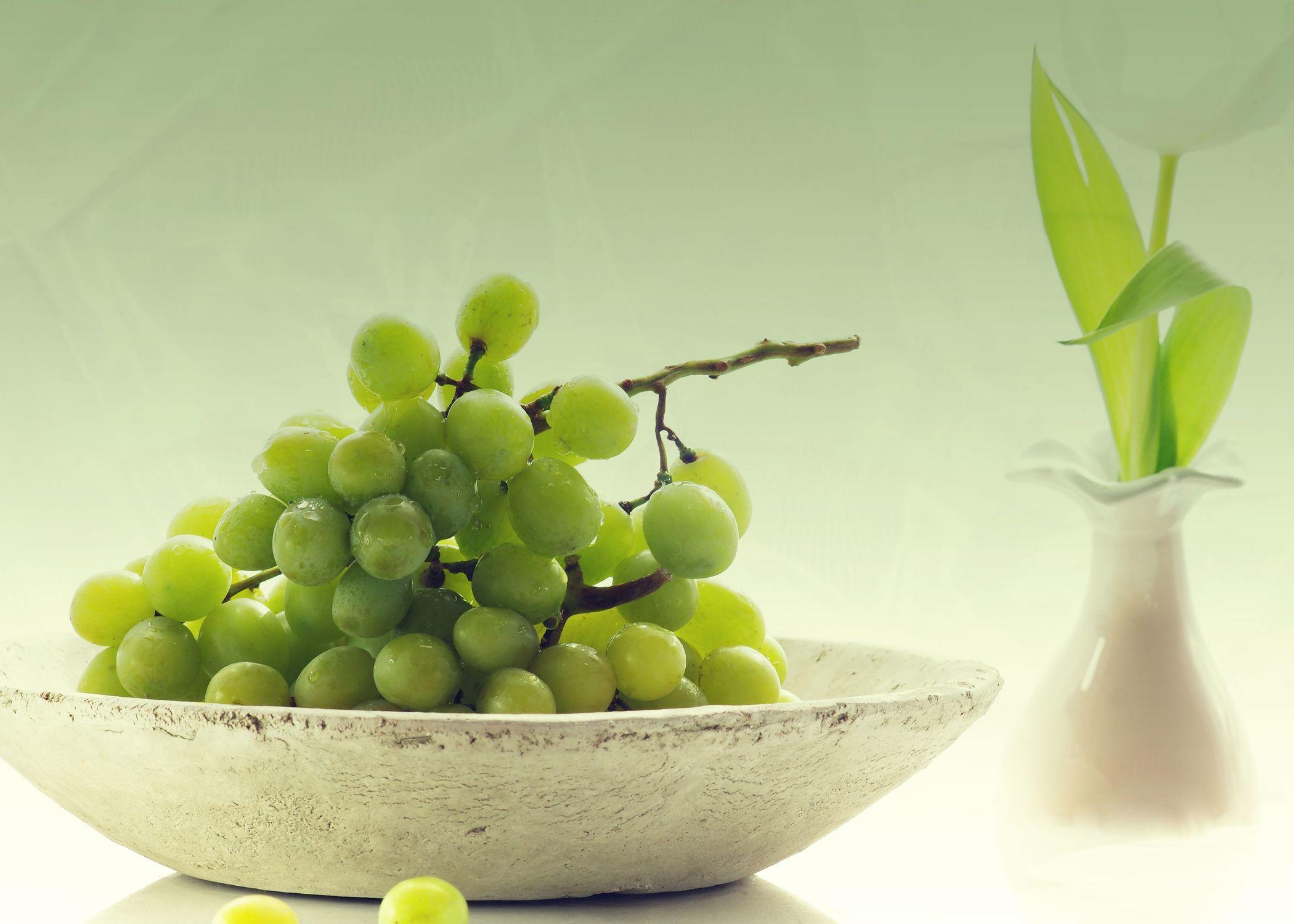 Bild mit Früchte, Lebensmittel, Trauben, Frucht, Obst, Küchenbild, Weintraube, Weintrauben, Traube, Stillleben, Food, Küchenbilder, KITCHEN, GESUND, Küche, Küchen, Kochbild, vegan, healthy