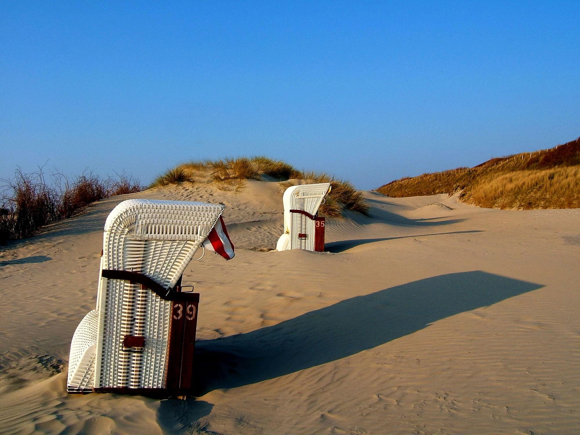 Bild mit Sonne, Strand, Meer, Strandkorb, Dünen, See, Strand / Meer, Abendsonne, Borkum, Nordstrand, Korb, Liege, .Sonne