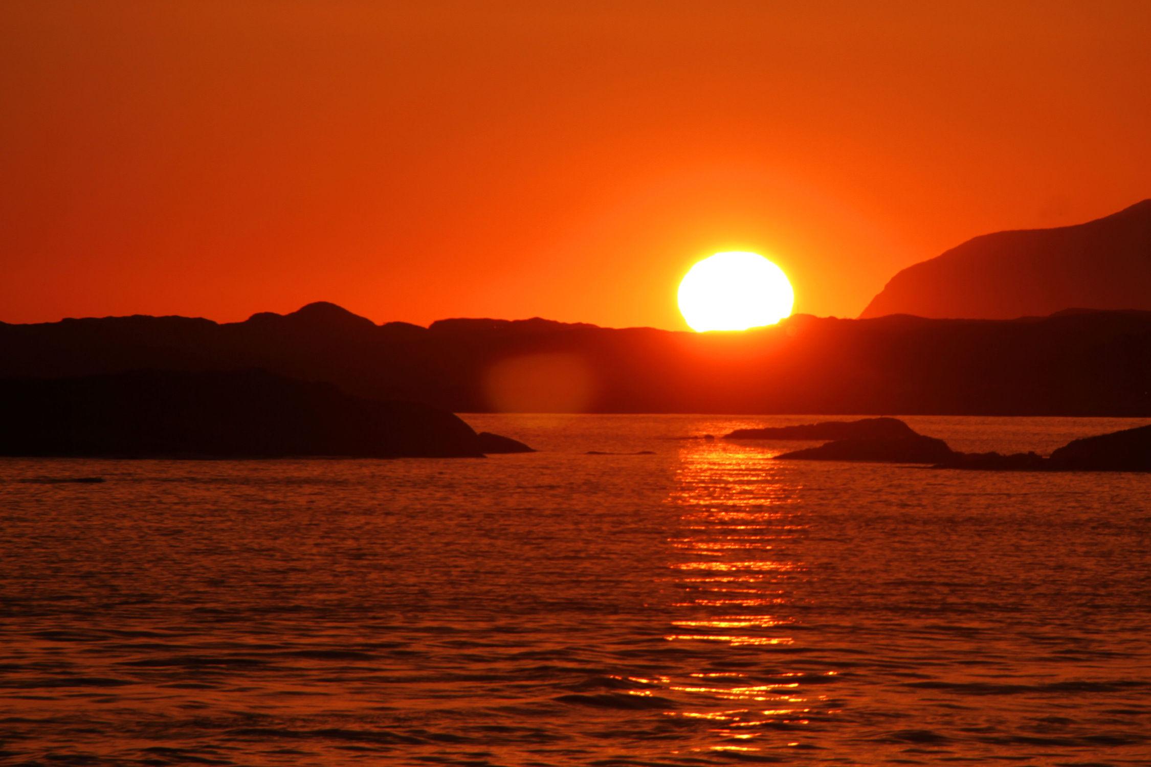 Bild mit Natur, Wasser, Gewässer, Sonnenuntergang, Sonnenaufgang, Sonne, Meer, See, Sonnenuntergänge, Am Meer, sea, seaside, ozean, sun