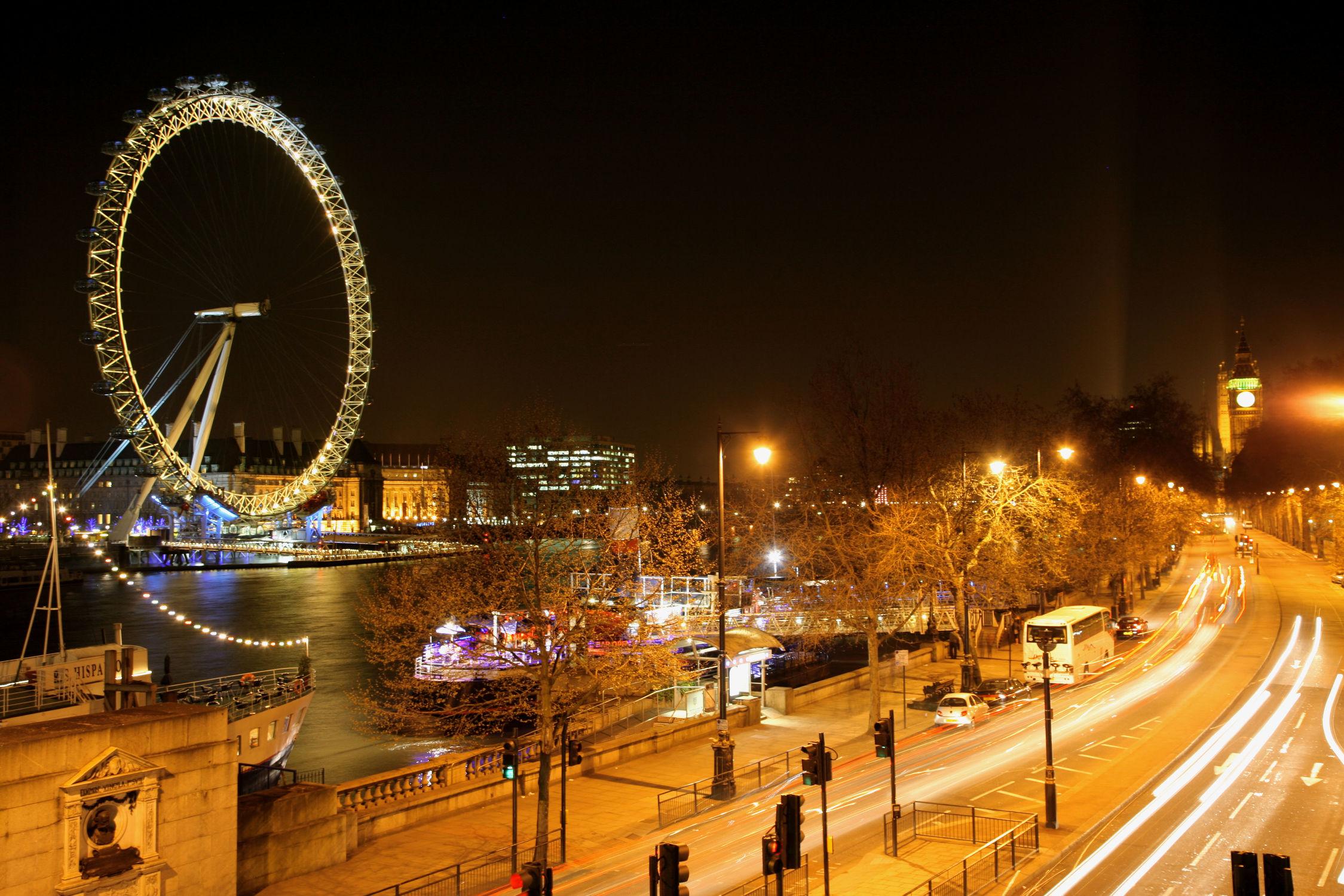 Bild mit Städte, England, London, Stadt, City of London, City, Nacht, Stadtleben, Riesenrad, London Eye