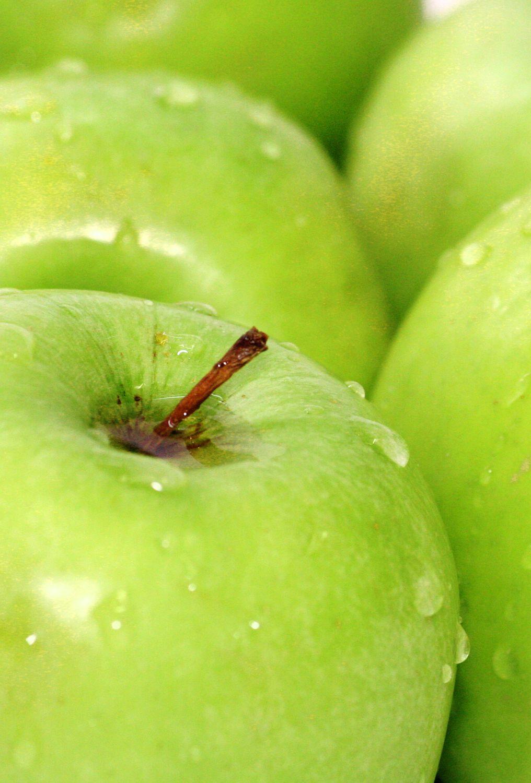 Bild mit Früchte, Lebensmittel, Essen, Blumen, Frucht, grüner Apfel, grüne Äpfel, Apfel, Apfel, KITCHEN, Küche