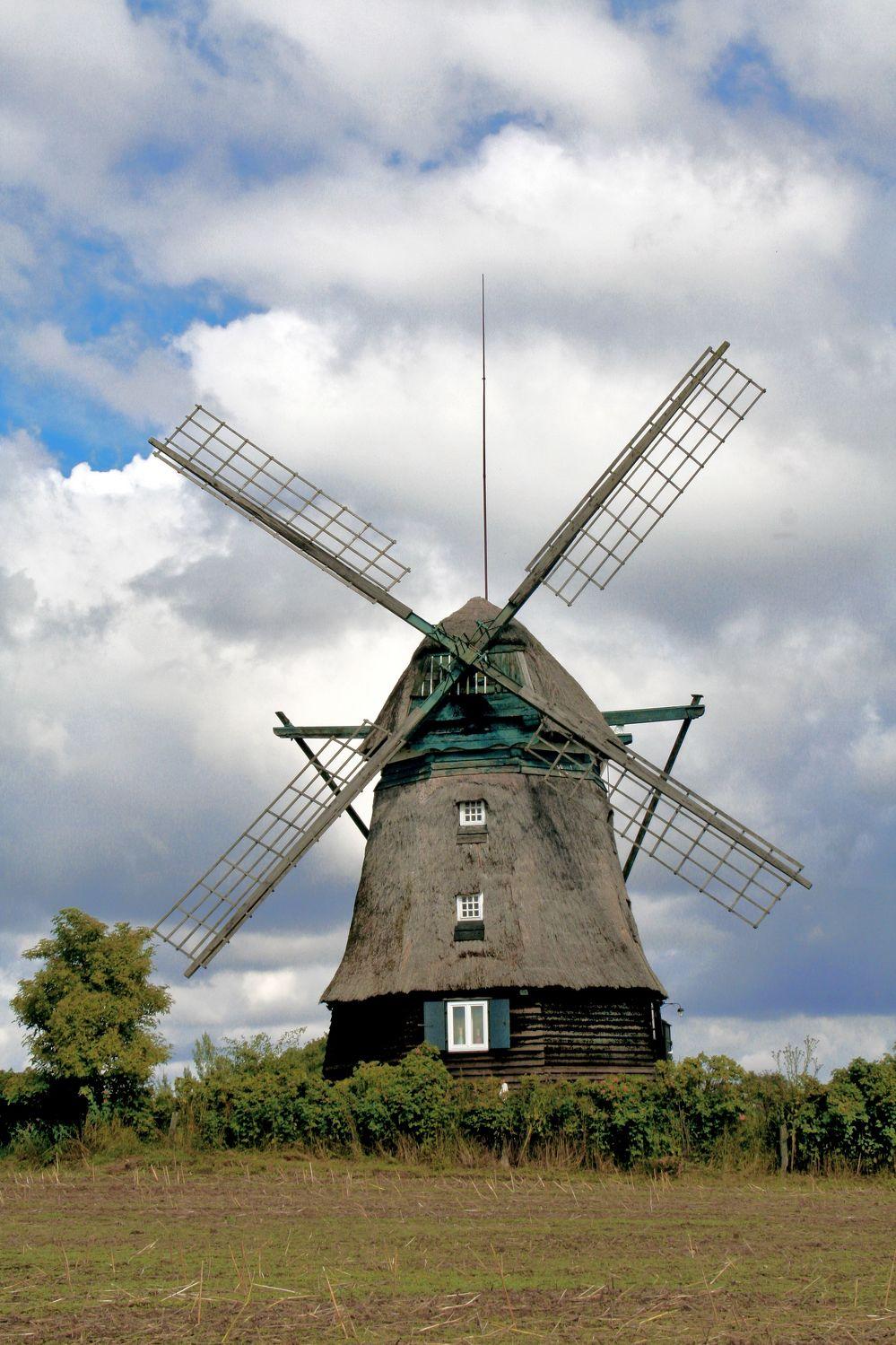 Bild mit Natur, Himmel, Orte, Siedlungen, Architektur, Bauwerke, Gebäude, Ländliche Gebiete, Industrie, Mühlen, Windmühlen, Windparks