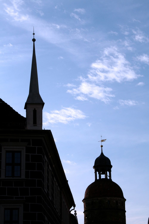 Bild mit Architektur, Bauwerke, Gebäude, Säulen und Türme, Glockentürme, Städte, Gotteshäuser, Kirchen, Kirchtürme, Stadt, Stadt Görlitz, Görlitz
