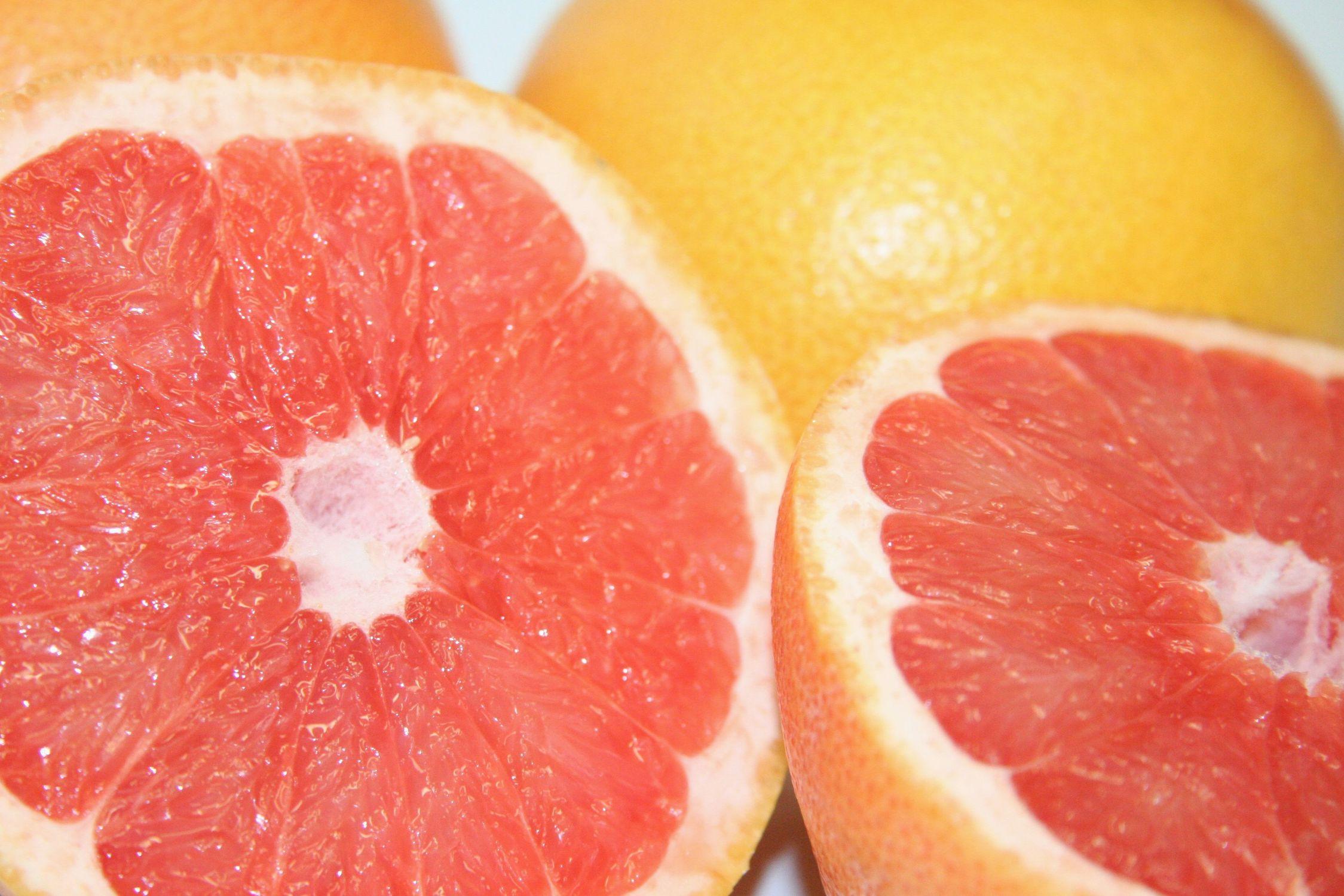 Bild mit Früchte, Lebensmittel, Essen, Zitrusfrüchte, Orangen, Grapefruits, Frucht, Grapefruit, Blutorange