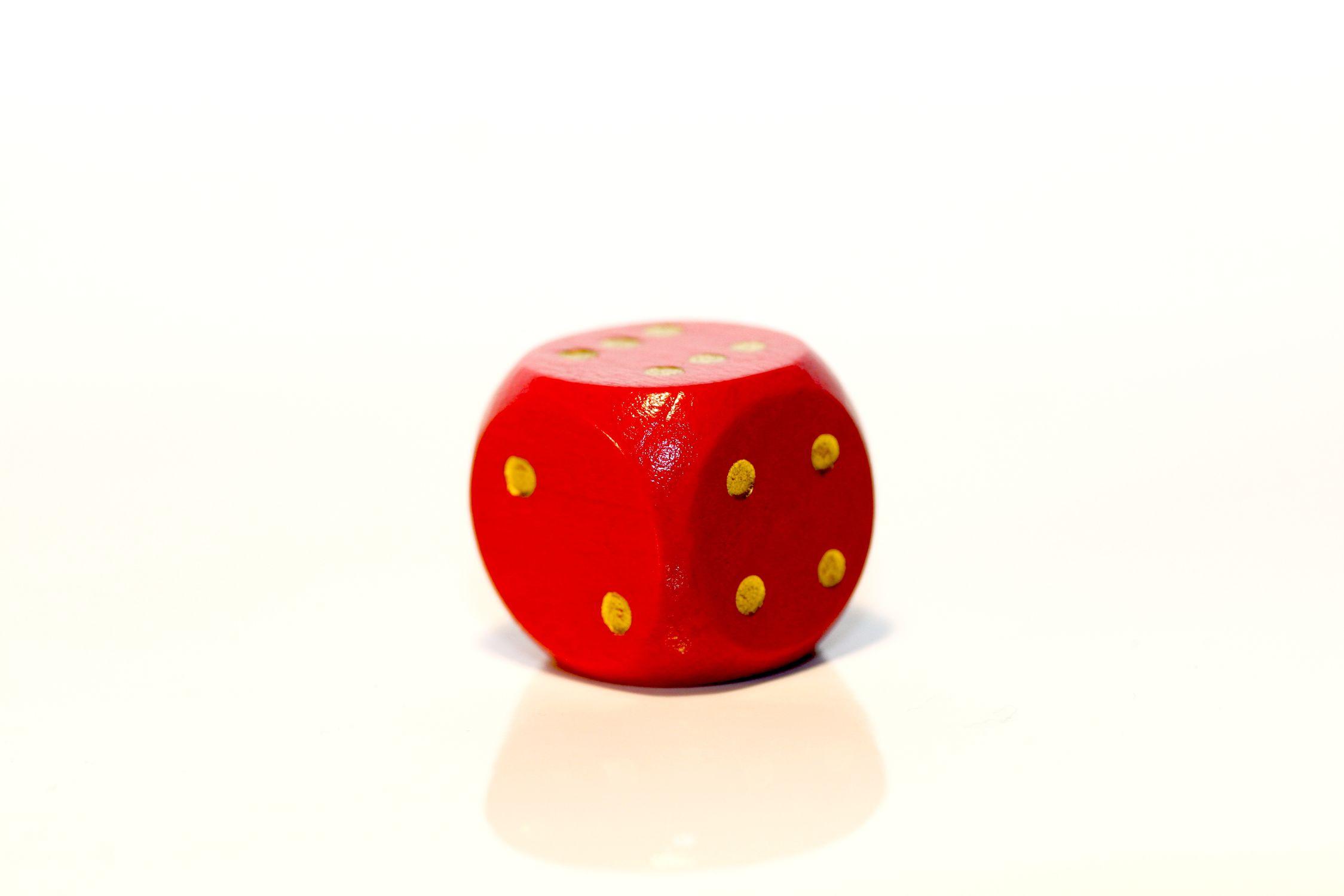 Bild mit Farben, Orange, Gegenstände, Spiele und Spielzeuge