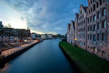 Bild mit Gebäude, Altstadt, Sonnenuntergang/Sonnenaufgang, Historisch, Fluss, Norden, Morgenstunde, Lübeck