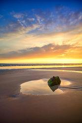 Bild mit Gelb, Wasser, Landschaften, Felsen, Sand, Blau, Strand, England, Sonne und Meer, Cornwall, Ruhig
