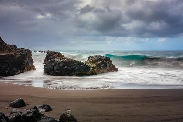 Bild mit Natur, Wetter, Wolken, Felsen, Schwarz, Meer, Teneriffa, ozean, Wild, Strandwellen
