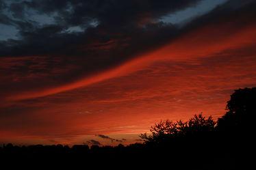 Bild mit Natur, Himmel, Sonnenuntergang, Sonnenaufgang, Morgenrot, Wolkenhimmel, Wolkengebilde