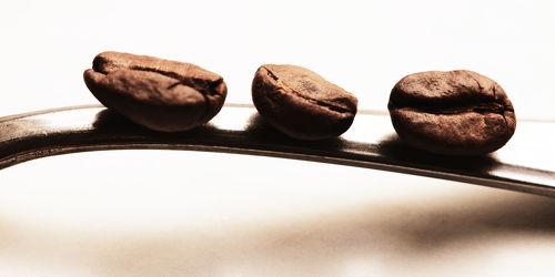 Die drei Kaffeebohnen Küchenbild