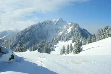 Tiefschnee in den Bergen