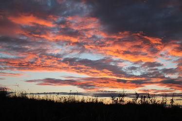 Bild mit Himmel, Wolken, Sonnenuntergang, Sommer, Sonnenaufgang, Wolkenhimmel, Wolkengebilde, Wolkenblick, Wolke, Abendhimmel