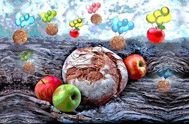 Bild mit Himmel, grüner Apfel, Wolken am Himmel, Apfel, Apfel, Gebirge, brot, brote, Roter Apfel, luftballon, Luftballons