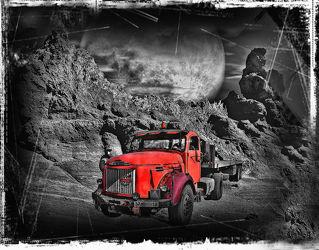 Bild mit Kunst, Kunst, Fahrzeuge, Mond, Oldtimer, Stilleben, Gebirge, Auto, fahrzeug, lkw, lastkraftwagen