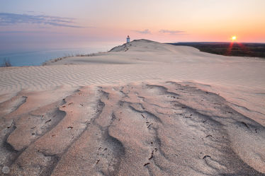 Sonnenaufgang über den Dünen