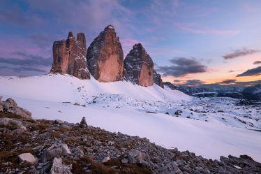 Bild mit Natur,Winter,Schnee,Eis,Felsen,Stein,Sonnenuntergang,Sonnenaufgang,Steine,winterlandschaft,Landschaften & Stimmungen,Kälte,Frost,Gestein
