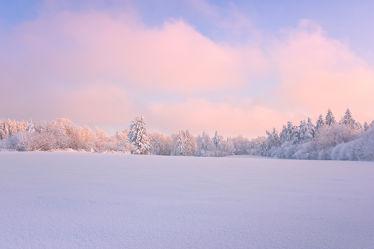 Bild mit Winter, Schnee, Sonnenuntergang, Sonnenaufgang, Wald, Sonnenschein, Landschaften im Winter, Kälte, Frost, Wintermärchen, märchen