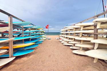 Bild mit Strände, Urlaub, Surfen, Strand, Sandstrand, Ostsee, Grömitz, Meer, Beach, Nordsee, Surfbrett, Badeurlaub, Schleswig, Holstein, Surfschule, Kite Surfen, Surfsport, Ostholstein