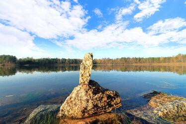 Bild mit Natur, Wasser, Wolken, Gewässer, Wolkenhimmel, Landschaft, Steine, Insel, Seeblick, See, Spiegelungen, Sachsen, Inselsee, Insel See, Steinstappel