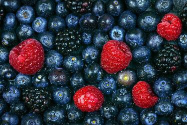 Bild mit Früchte, Frucht, Küchenbild, Himbeere, Himbeeren, Heidelbeeren, Heidelbeere, Brombeeren, Brombeere, Waldfrucht, Waldfrüchte