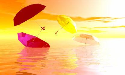 Bild mit Wasser, Regenschirme, Meer, Stillleben, Collagen, schirm, schirme, Sonnenschirm, regenschirm