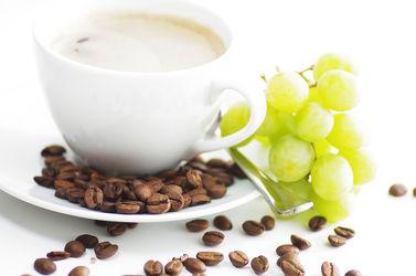 Bild mit Getränke, Trauben, Küchenbild, Weintraube, Weintrauben, Traube, Food, Kaffeebilder, Küchenbilder, KITCHEN, cafe, cafe, Getränk, kaffee, kaffeebohne, kaffeebohnen, kaffe, Espresso, Küche, Coffee, Frühstück, Coffe, Heissgetränk