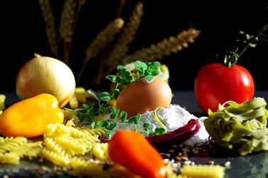 Bild mit Lebensmittel, Essen, Nudeln, Pasta, Küchenbild, Food Lifestyle, Küchenbilder, Küche, Küchen, Kochbild, kochen