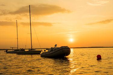 Schiffe im Abendlicht