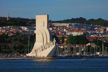 Bild mit Wasser, Architektur, Häuser, Meer, Sehenswürdigkeit, Stadt, See, City, Europa, Denkmal, Lissabon, Hauptstadt, Seefahrt, Portugal
