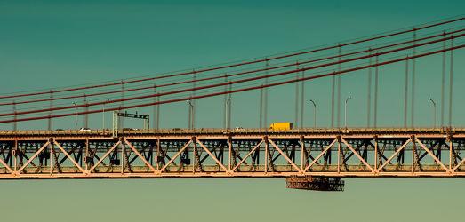 Brücker über dem Tejo in Lissabon