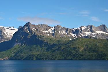 Bild mit Natur, Wasser, Berge, Hügel, Gewässer, Seen, See, Skandinavien, berg, Gebirge