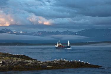 Kutter am Fjord bei Hella