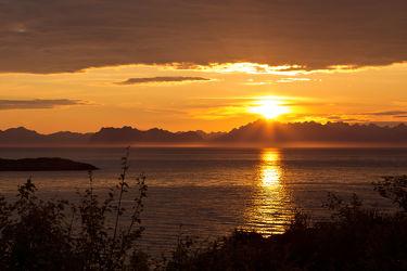 Bild mit Wasser, Gewässer, Seen, Meere, Sonnenuntergang, Urlaub, Sonnenaufgang, Meer, Ferien, See, Skandinavien