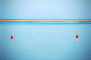 Bild mit Natur,Wasser,Gewässer,Meere,Strände,Wellen,Strand,Meer,Ocean,Am Meer,Am Meer,Abend am Meer,sea,seaside,ozean,Ägypten,rotes Meer,red sea,Bojen,Boje