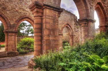 Bild mit Architektur, Bauwerke, Gebäude, Klöster, landscape, ruine, Bau, klosterruine, harry potter