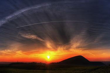Bild mit Natur, Berge und Hügel, Berge, Wälder, Sonnenuntergang, Sonnenaufgang, Wald, Mansfeld Südharz, berg